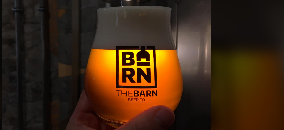 logo the barn beer co